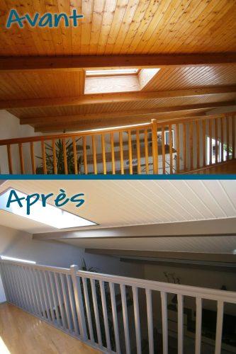 Application d'une peinture sur le lambris du plafond et du plâtre graté mural ainsi que l'escalier pour une harmonie avec l'ameublement
